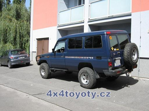 Land Cruiser HZJ 78